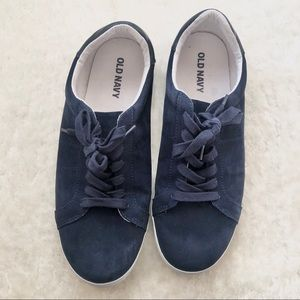Old Navy Blue Lace-up sneakers size 10